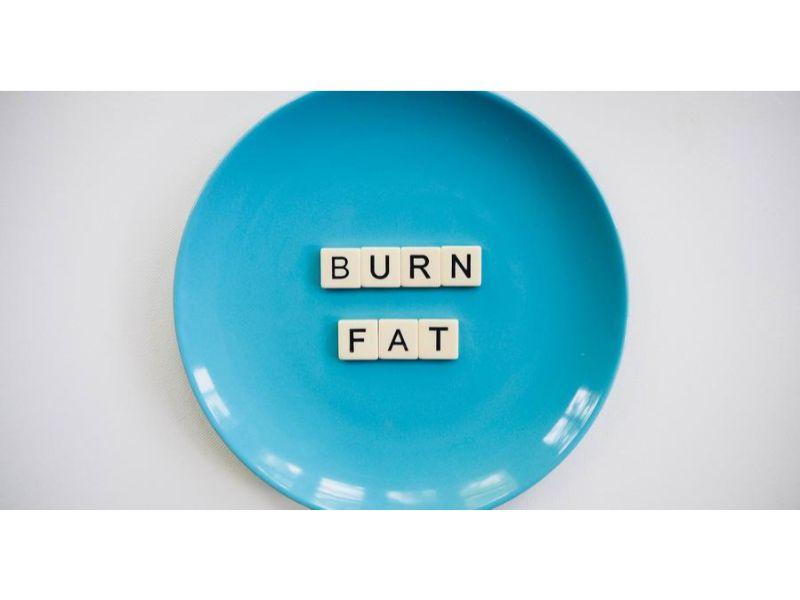 168斷食法好處1. 促進脂肪燃燒