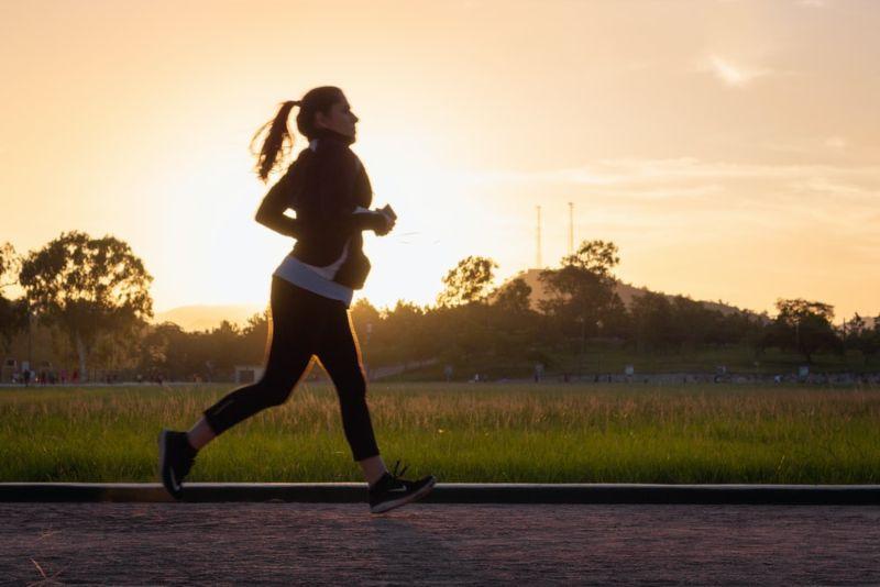 168斷食法減肥重點1. 配搭帶氧運動